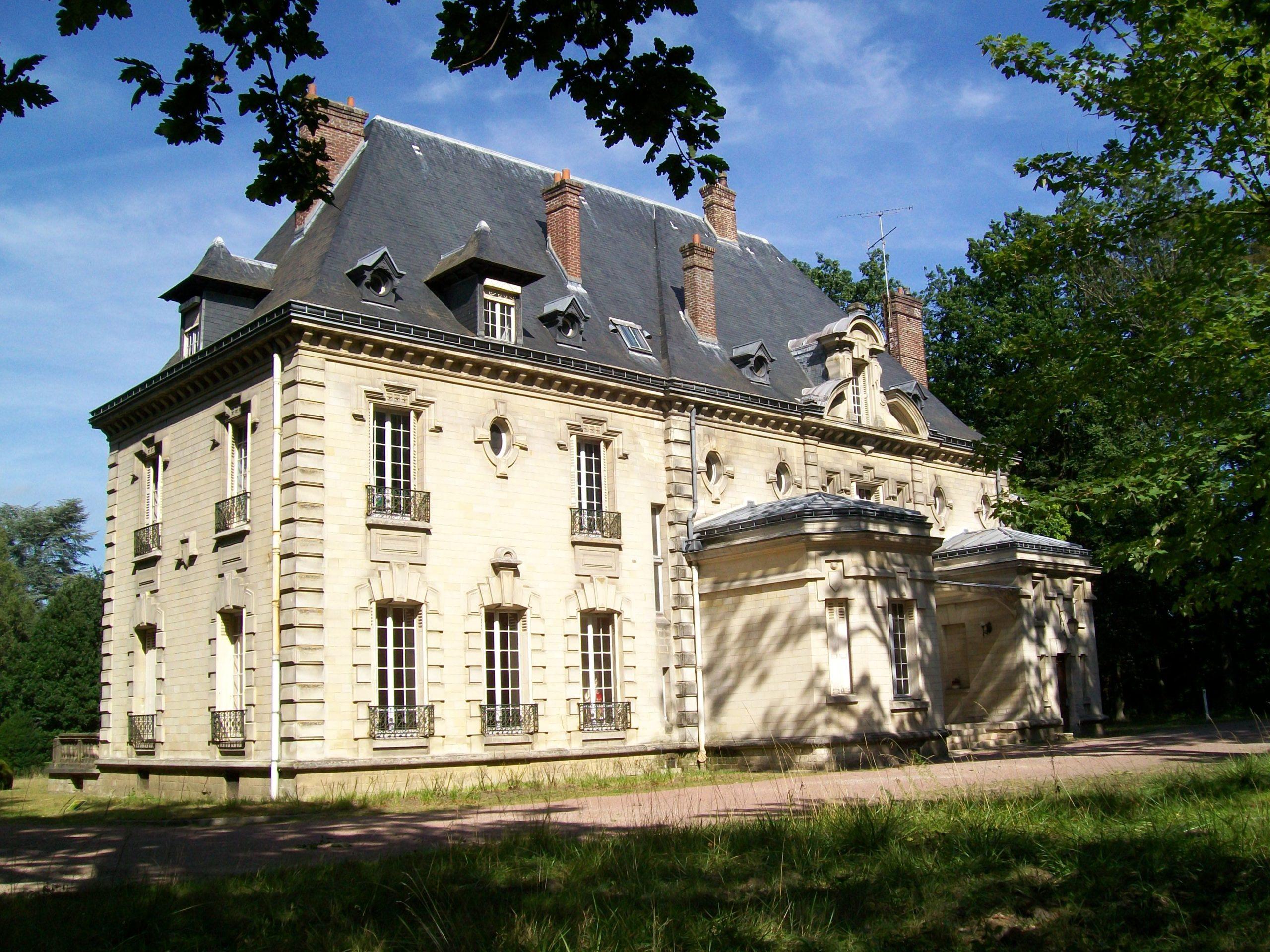 chateau_de_la_Borne-Blanche